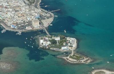 Hotel su isola a Porto Cesareo